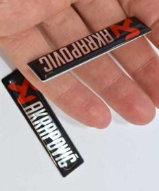 Τα αυτοκόλλητα φέρουν αλουμίνιο φύλλο για μεγαλύτερη αντοχή - Φωτογραφία τραβηγμένη από TROP.gr