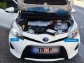 LED σύγκριση με αλογόνου, κατά την τοποθέτηση σε αυτοκίνητο πελάτη στο κατάστημα μας - Φωτογραφία TROP.gr