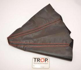 Φούσκα με Κόκκινα γαζιά σε Μαύρο Carbon - Φωτογραφία τραβηγμένη από TROP.gr