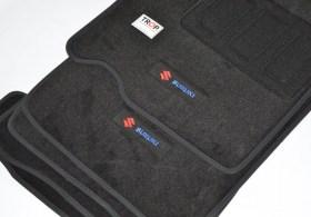 Σετ  5 τεμάχια Πατάκια για Suzuki Swift 2ης Γενιάς (2004 έως 2010) - Φωτογραφία τραβηγμένη από TROP.gr