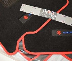 Κοντινή εικόνα μοκέτας κεντημάτων και ρελιού - Φωτογραφία τραβηγμένη από TROP.gr