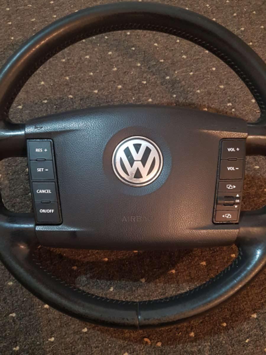 VW Touareg Αυτοκόλλητα Κουμπιών Διακοπτών τοποθετήμενα στο κλιματιστικό – Φωτογραφία από Trop.gr